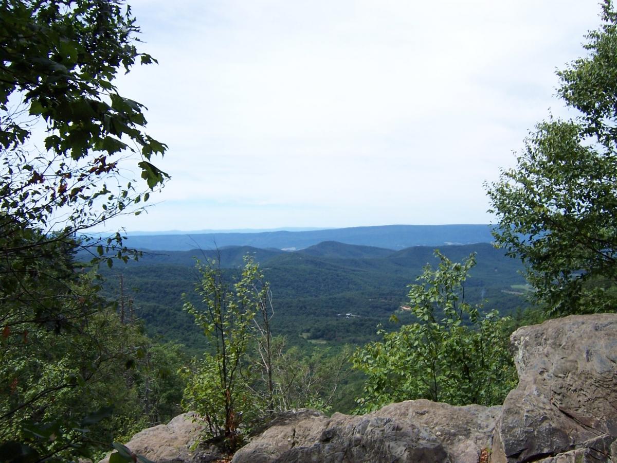 Bearfence Mountain Overlook, Shenandoah National Park, VA